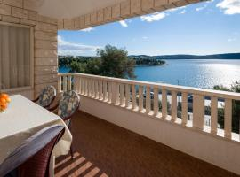 Apartments Villa Luxor, apartment in Trogir