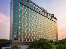 Conrad Pune Koregaon Park by Hilton, hotel with pools in Pune