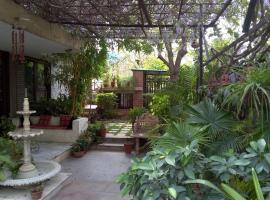 Magpie Villa, hotel near Sawai ManSingh Medical College, Jaipur