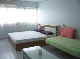 T8 Guest House Don Mueang Challenger โรงแรมในกรุงเทพมหานคร