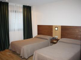 Hotel Mar de Plata, hotel in Sarria
