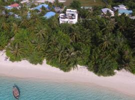 Boutique Beach All Inclusive Diving Hotel, boutique hotel in Dhigurah