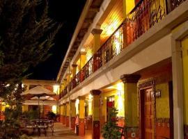 Plaza Mexicana Margarita's, hotel en Creel