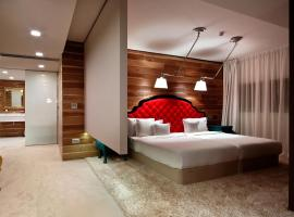 Graffit Gallery Design Hotel, hotel near Palace of Culture and Sports, Varna City
