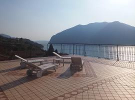 Hotel Bellavista Meublè, hotel in Monte Isola