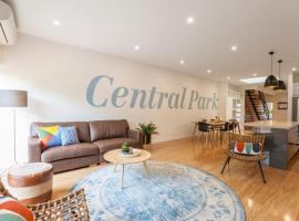 Boutique Stays - Central Park, South Melbourne Townhouse, vila u gradu Melburn