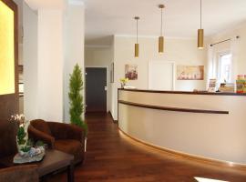 Altstadthotel Goldene Kugel, Hotel in Waren (Müritz)