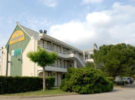 initial by balladins Bollène, hotel near Orange Golf Course, Bollène