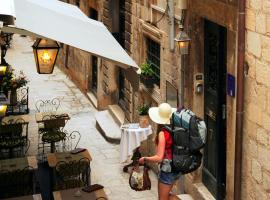 Old Town Hostel, hotel in Dubrovnik