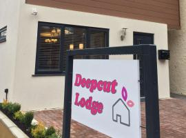 Deepcut Lodge Bed & Breakfast, hotel near Lakeside Country Club, Camberley