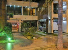 Hotel Escala Uno - HABILITADO, hotel en Santo Tomé