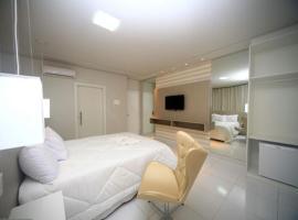 Genova Palace Hotel, hotel in Acailandia