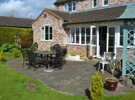 Acer Lodge Bed & Breakfast, hotel near Weeting Castle, Mundford