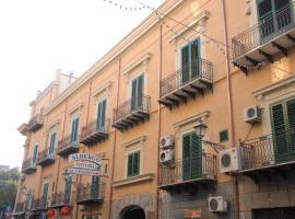 Hotel Vittoria, hotel en Palermo