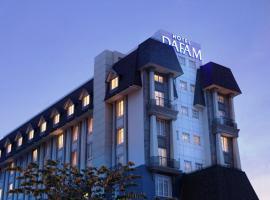 Dafam Hotel Semarang, hotel near Ahmad Yani International Airport - SRG, Semarang