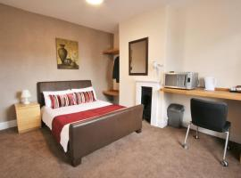 Central Hotel Cheltenham by Roomsbooked, golf hotel in Cheltenham