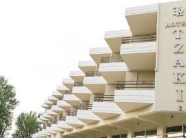 Tzaki hotel & restaurant Patras, hotel near Psila Alonia Square, Patra