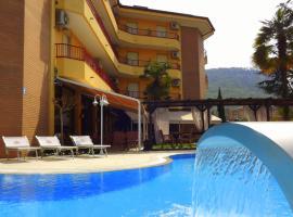 Hotel Imperial ***S, hotel in Garda