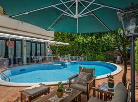 Hotel Kyrton, отель в городе Форте-деи-Марми