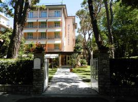 Hotel Mediterraneo, hotel in Marina di Pietrasanta