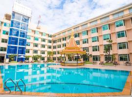 Phnom Penh Hotel, hotel with jacuzzis in Phnom Penh