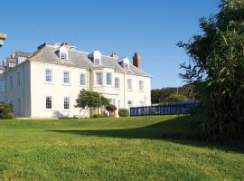 Moonfleet Manor, hotel in Weymouth