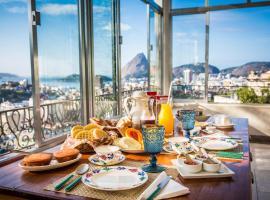 Gerthrudes Bed & Breakfast, hotel near Escadaria Selarón, Rio de Janeiro