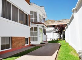 Bolivian Rooms & Suites (Zona Sur), hotel in La Paz