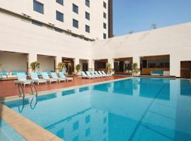 Ramada Plaza By Wyndham Agra, hotel in Agra