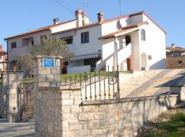Apartment Fioretti, apartment in Bale
