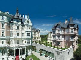Savoy Westend Hotel, отель в Карловых Варах