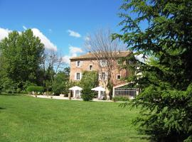 Bastide Rose, hotel near Provence Country Club Golf Course, Le Thor