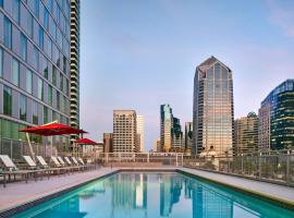 Residence Inn by Marriott San Diego Downtown/Bayfront, отель в Сан-Диего