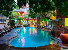 Villa Cha-Cha Banglumphu, hotel in Bangkok