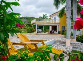 Emerald View Resort Villa, hotel en Montego Bay
