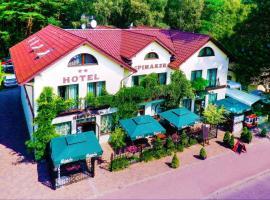 Hotel Spinaker – hotel w pobliżu miejsca Hala Sportowa w Łebie