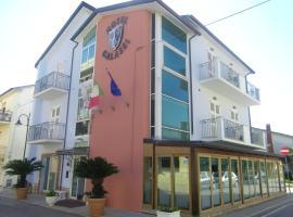 Hotel Galassi, hotel in Numana