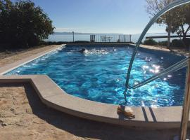 Holiday Home Oleja, holiday home in Split
