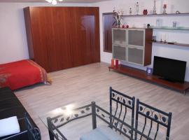 Studio 1 1/2, Hotel in der Nähe von: Seilbahn Monte Tamaro, Contone