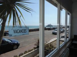 Beach Front Guest House, hotel near Shinewater Park, Eastbourne
