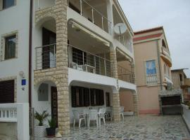 Apartments Lucija, self catering accommodation in Rogoznica