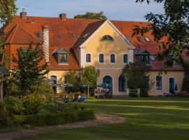 Das Gutshaus Solzow Mecklenburgische Seenplatte Müritz, Hotel in Solzow
