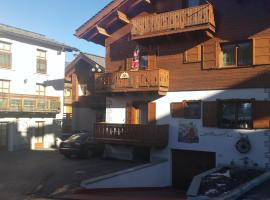 Chalet Olta, guest house in Livigno