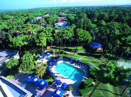 Grand Hotel Golf, hotell i Tirrenia