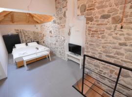 Pylon Rooms, hotel in Split