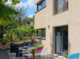 Le Clos Saint Elme, self catering accommodation in Collioure