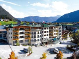 Vier Jahreszeiten Wellnessresort Achensee, Hotel in Maurach