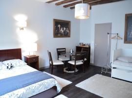 Maison du chatelain, B&B/chambre d'hôtes à Saint-Aignan