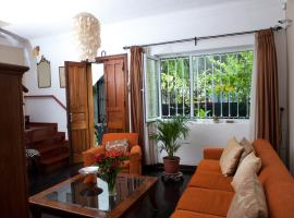 Bed and Breakfast Loft en Olivar de San Isidro, hotel near Bustamante Park, Lima