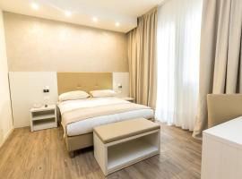 Hotel Touring, hotel in Lido di Jesolo